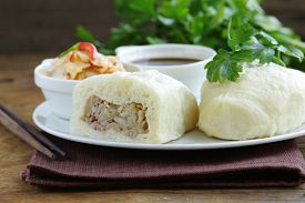 image of kimchi  - Korean steam meat pies  - JPG