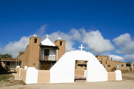 foto of pueblo  - San Geronimo Chapel in Taos Pueblo - JPG