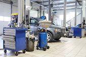 Image of a car repair garage