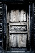 image of windows doors  - A view of a house - JPG
