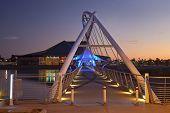 Puente peatonal de Rio Salado