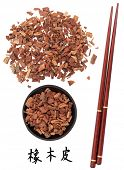 Oak bark chinese herbal medicine with chopsticks and mandarin script title translation.