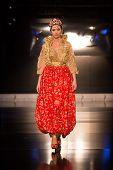 Zuhal Moda, Balkanlarin Buyulu Atesi Catwalk