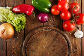 ������, ������: Various vegetables for pizza at wooden background