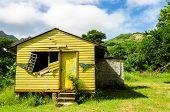 Antigua casa abandonada