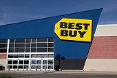 JACKSONVILLE, FL - MARCH 16, 2014: A Best Buy retail electronics store in Jacksonville. In 2013, Bes