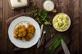 pic of mashed potatoes  - Schnitzel with herbs mashed potatoes and chives - JPG