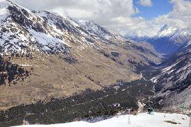 foto of ravines  - Great Caucasus Range - JPG