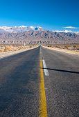 Camino largo recto en Norte Argentino