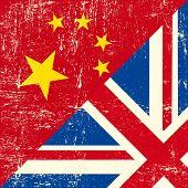Bandeira de grunge UK e chinês