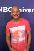 LAS VEGAS - APR 8:  Howie Mandel at the NBCUniversal Summer Press Day at Huntington Langham Hotel on