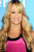 PASADENA - APR 8: Jenn Brown at the NBC/Universal's 2014 Summer Press Day held at the Langham Hotel