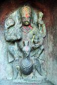Statue Vishnu