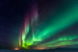 picture of light-pole  - aurora borealis - JPG