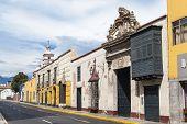 foto of street-rod  - Traditional style architecture found in Trujillo Peru - JPG