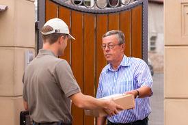 picture of front door  - Postal service  - JPG