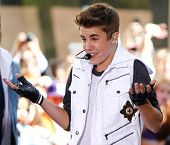 NEW YORK-JUNE 15: Justin Bieber performs on the Today Show at Rockefeller Plaza on June 15, 2012 in