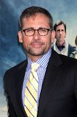 LOS ANGELES - JUN 18:  Steve Carell arrives at the