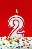 Постер, плакат: Номер два дня рождения свечи