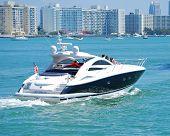 Luxury Cabin Cruiser