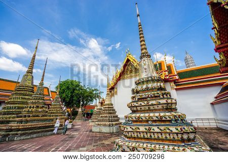 Woman Traveler In Wat Pho