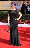LOS ANGELES - 27 de JAN: Kelly Osbourne chega ao SAG Awards 2013 em 27 de janeiro de 2013 em Los Ang