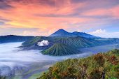 bromo Vocalno en Sunrise, East Java, Indonesia