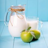 fresh milk and apples