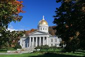 picture of granite dome  - The State Capitol Building in Montpelier Vermont on sunny autumn day - JPG