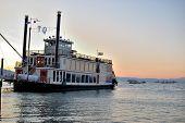 Tahoe rainha barco