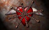 Um coração ferido encadeado