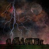 Stonehenge tempestuoso