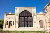 foto of shiraz  - Building around Tomb of Aramgah - JPG