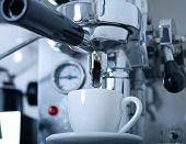 Preparing coffee with coffeemaker