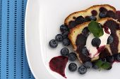 Pound Cake With Blueberries