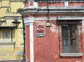 Desactivar mensaje en antiguo edificio antigua