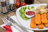 Fish Fingers With Fried Potatoes