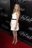 Zoey DeutchLOS ANGELES - MAY 31:  Sasha Pieterse at the
