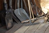 picture of spade  - view of garden tools - JPG