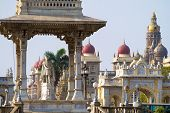 Statue of Maharaja Chamarajendar Wodeyar in front of the Mysore Palace. Karnataka, India