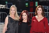 Wendy Wilson, Chynna Phillips, Carnie Wilson at the 2011 VH1 Do Something Awards, Hollywood Palladiu