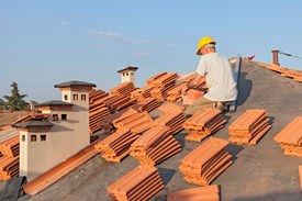 pic of red roof  - roofing - JPG
