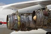service of aircraft jet engines