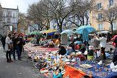 Feira Da Ladra Markt In Lissabon, Portugal