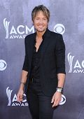 LOS ANGELES - APR 06:  Keith Urban arrives to the 49th Annual Academy of Country Music Awards   on A
