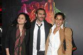 LOS ANGELES - DEC 10:  Rain Phoenix, Joaquin Phoenix, Summer Phoenix at the