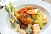 Fried prawn fruits salad with Asian fruit