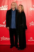 LOS ANGELES - JAN 24:  David Crosby, Jan Crosby at the 2014 MusiCares Person of the Year Gala in hon