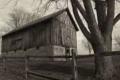 pic of farm landscape  - the beauty  of an old barn - JPG