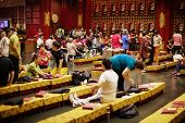 Singapore - 01 Jan 2014: Parishioners In Buddha Tooth Relic Temple